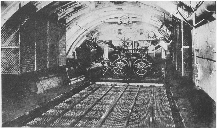 Primera guerra mundial for Interior submarino