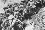 Sodados británicos en una trinchera. Ampliar imagen