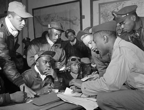 Aviadores estadounidenses de color