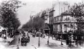 Boulevard de París.  El artífice de la renovación urbanística del viejo  París fue obra del  barón Haussmann. Ampliar imagen